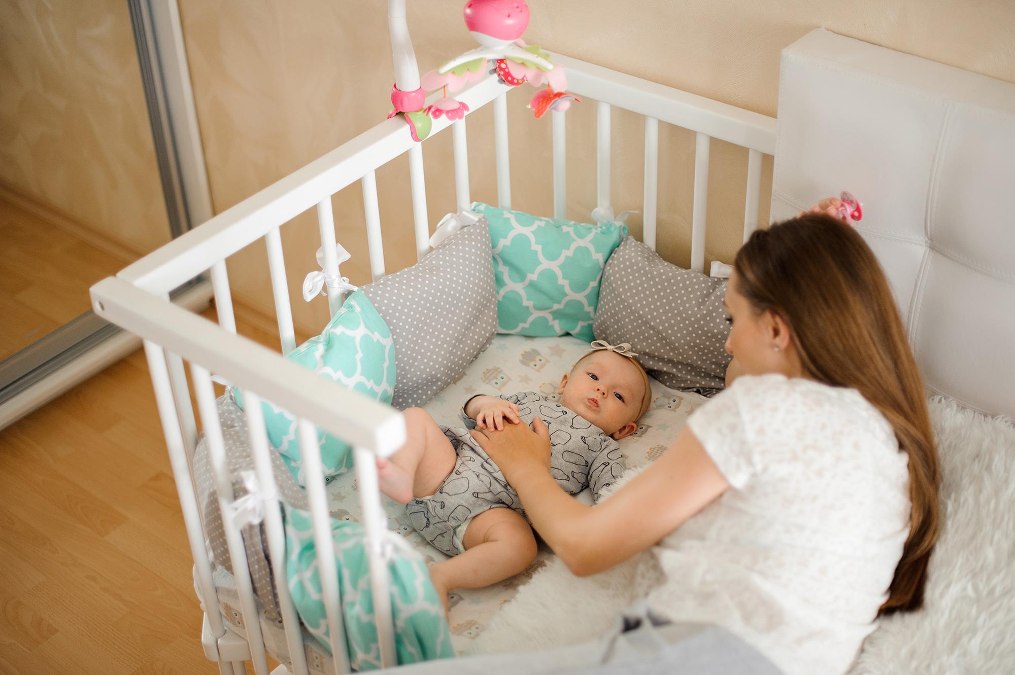 添い寝ベッド ママと赤ちゃん