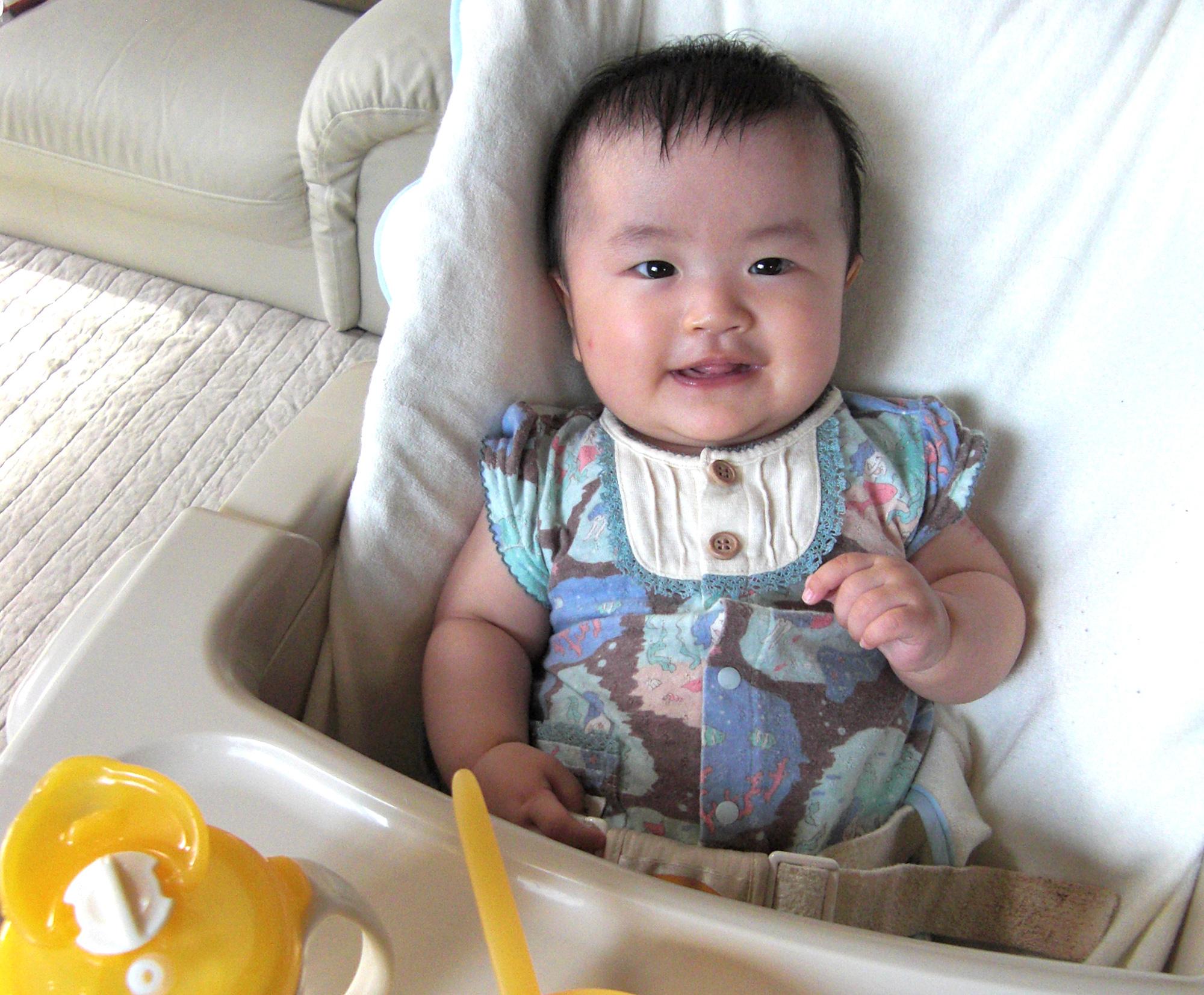ハイローチェア赤ちゃん
